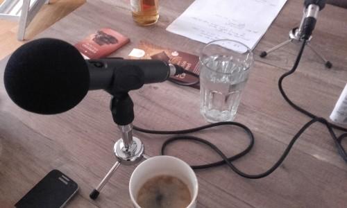 Kaffee und Mikro!